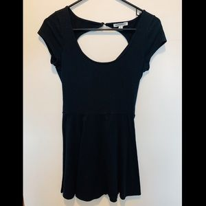 black fit & flare short sleeve skater dress!